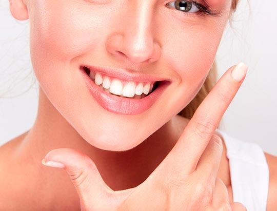 ¿Cómo quitar la sensibilidad después de un blanqueamiento dental?