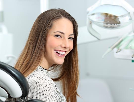 Mitos y verdades sobre los implantes dentales